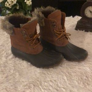 Sperry Topsider boots size 8.5